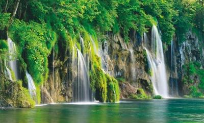 Plitvice-Waterfalls