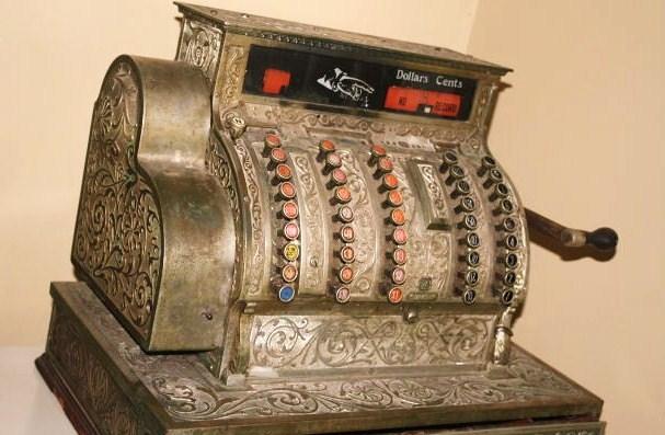 Antique-Cash-Register