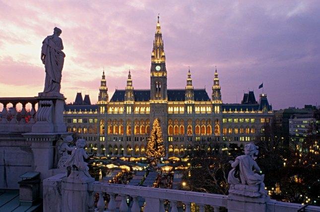 Maronenduft auf 23 Plätzen: Wien und seine Weihnachtsmärkte